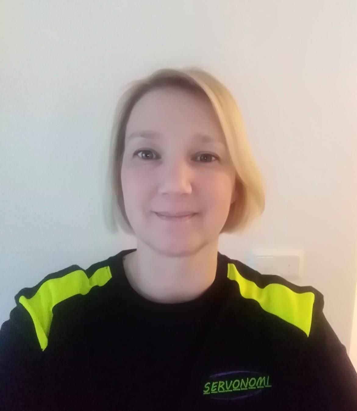 100015470642 Nina Karvonen